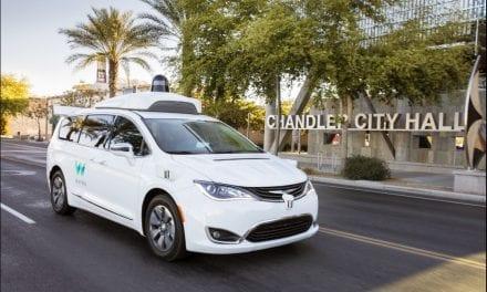 Tesla auto-pilot still progressing, Qualcomm ban iPhone sales in China, Chorus subcontractor dramas – NZ Tech Podcast 418